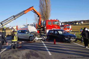 Verkehrsunfall B1 Streithofen-Michelhausen